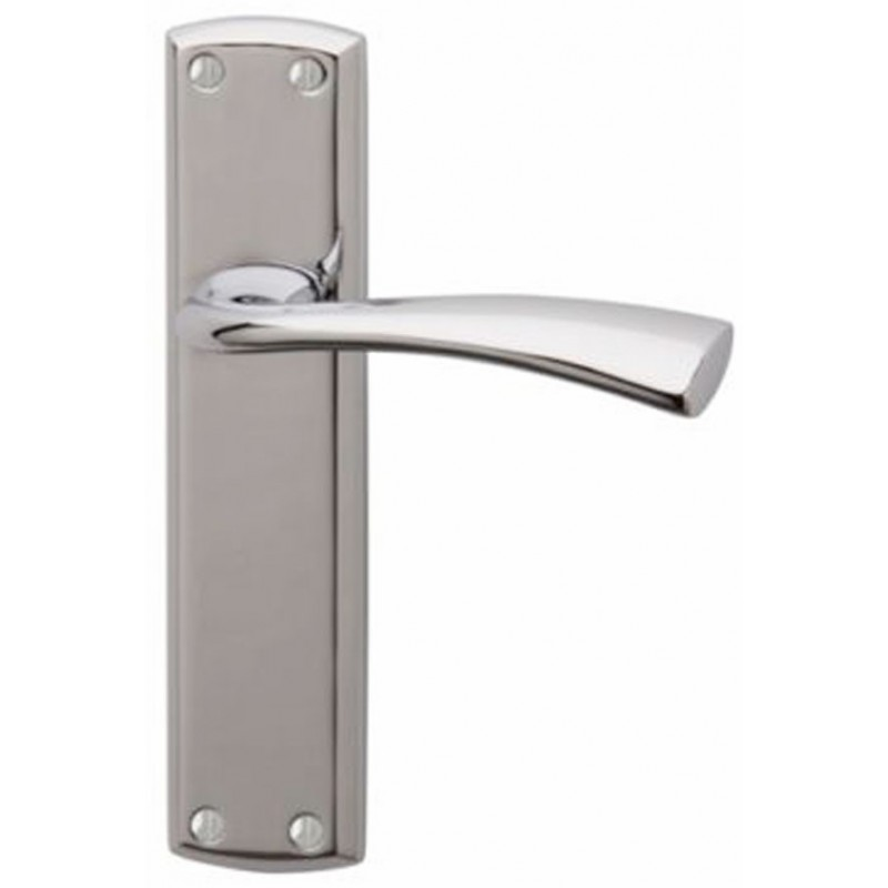 Grosvenor Door Handles in Polished Chrome